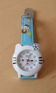 часы -котёнок